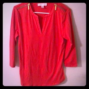 In excellent condition coral Micheal Kors blouse!